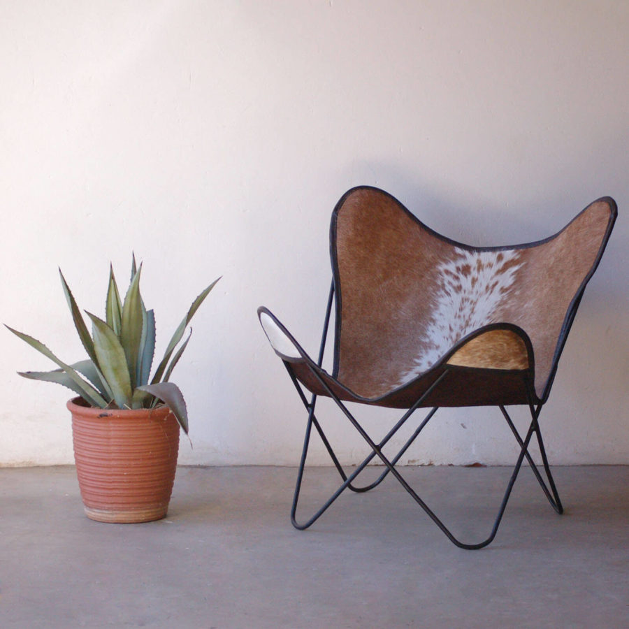 Light Brown Sides and White Center Nguni Hide Butterfly Chair